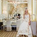 Платье Oscar de la Renta, колье и браслет от Mercury из коллекции Classic (белое золото, бриллианты)